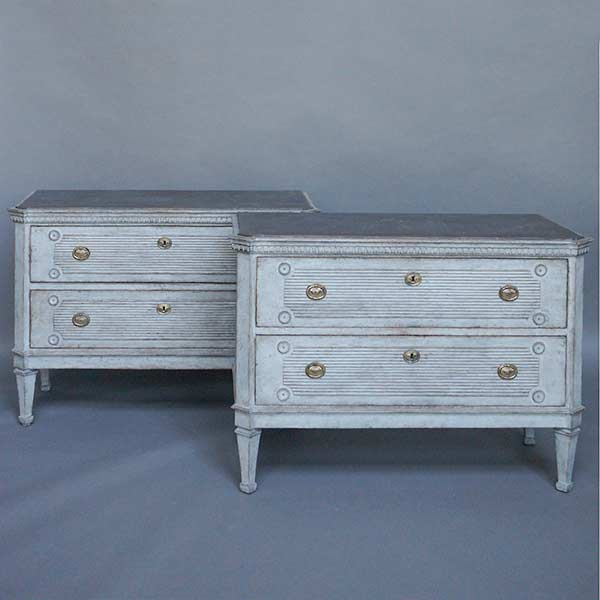 52-06-Pair-Gustavian-style-chests-of-drawers-T
