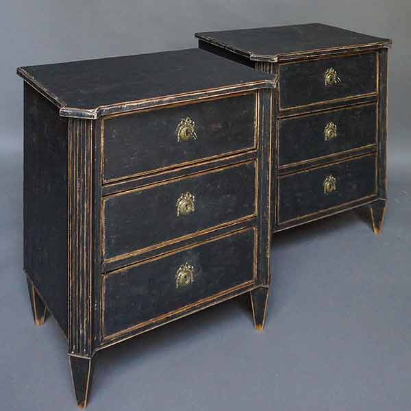 Pair of black Gustavian style commodes