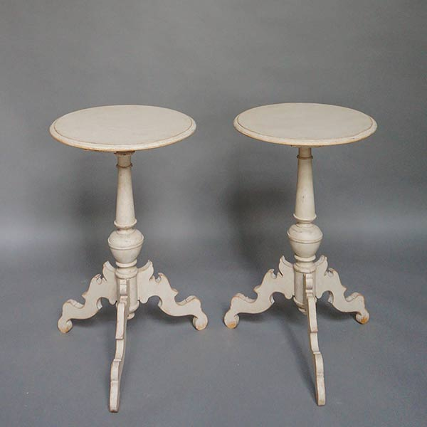 Pair of Swedish 19c pedestal tables