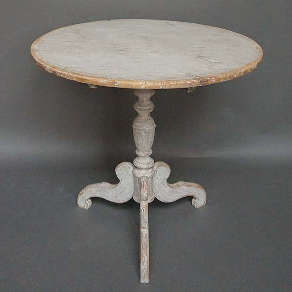 Swedish tilt-top tea table.