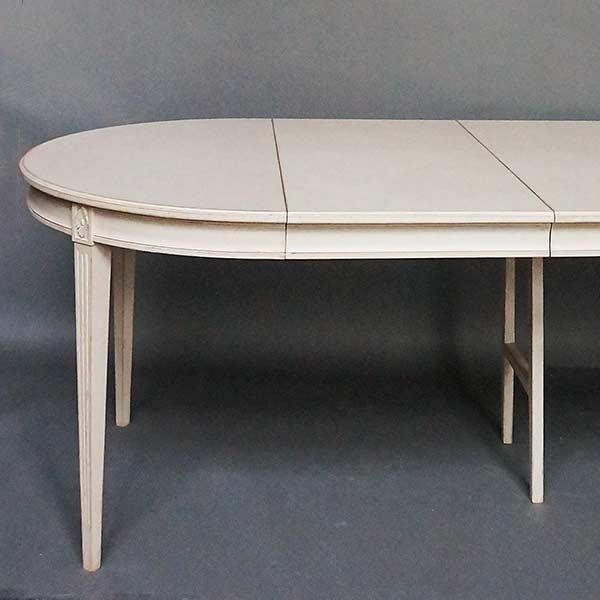 Gustavian Style Dining Table With Two Leaves Cupboards Roses Swedish