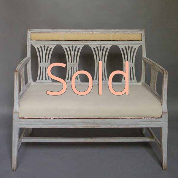 Neoclassical sofa bench