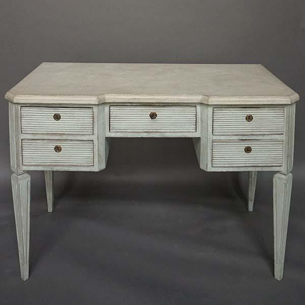Antique Swedish knee hole desk