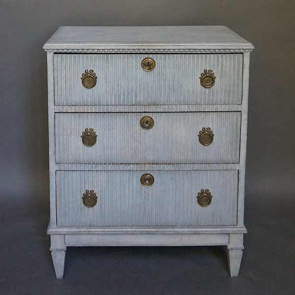 Swedish Chest of Drawers with Reeded Front