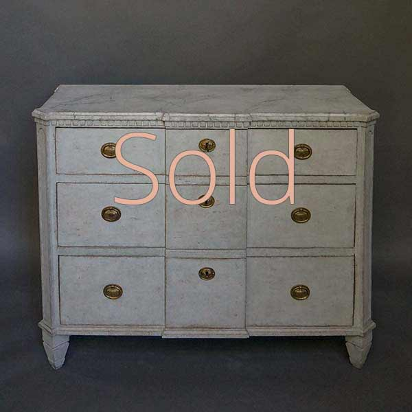Neoclassical Style Breakfront Chest of Drawers
