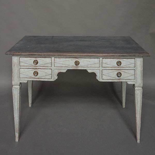 Knee Hole Writing Desk with Five Drawers