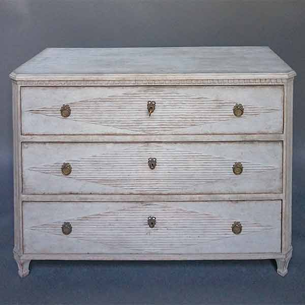Swedish Chest of Drawers with Reeded Lozenges