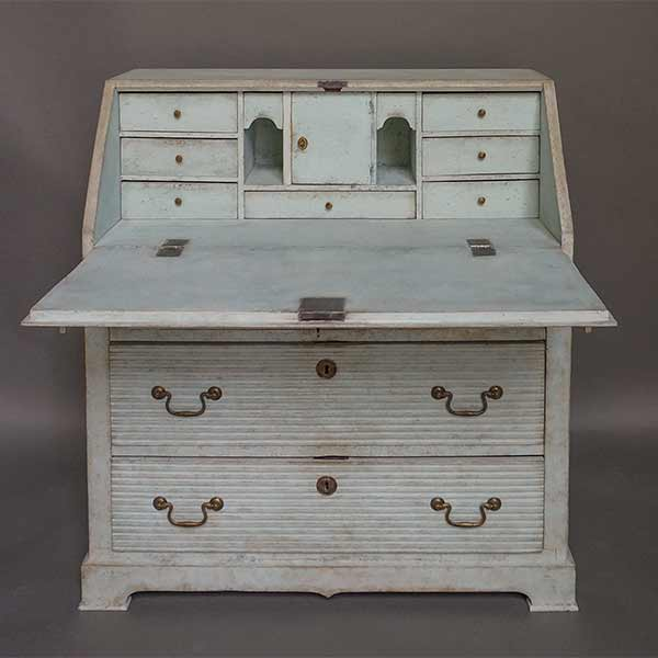 Period late Gustavian writing desk