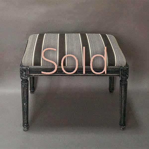 Gustavian Style Bench in Black Paint