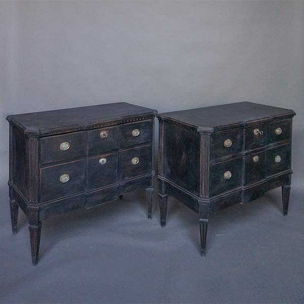 Pair of Block Front Neoclassical Commodes