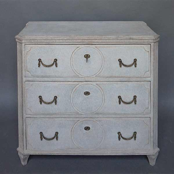 Neoclassical Chest of Drawers with Circular Detail