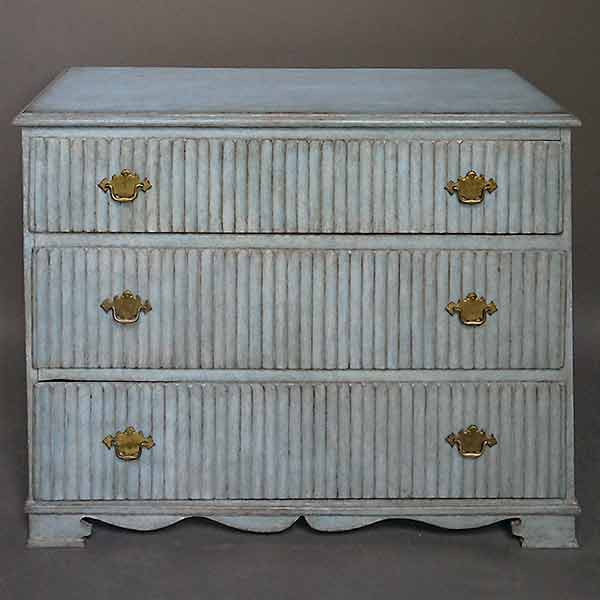 Period Gustavian Three Drawer Chest