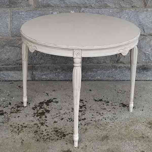 Gustavian Style Breakfast Table