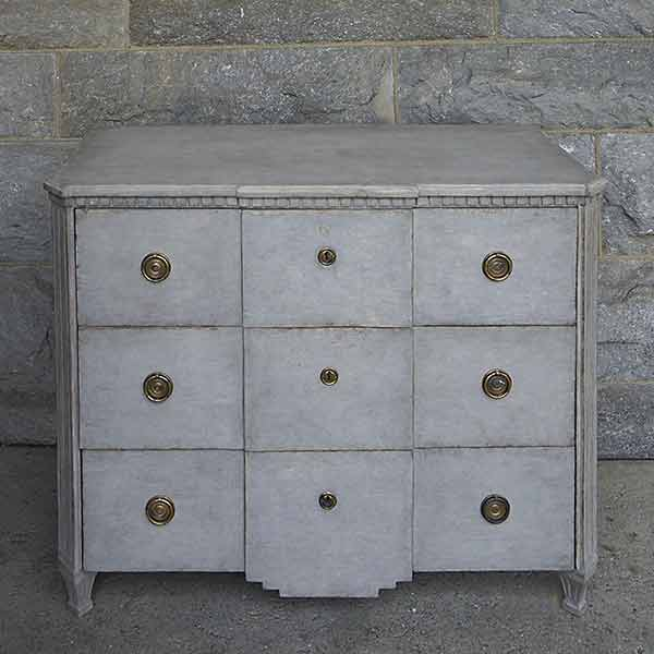Swedish Three-Drawer Chest with Shaped Apron